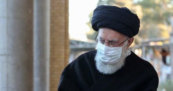 Najwyższy przywódca duchowo-polityczny Iranu ajatollah Ali Chamenei wezwał w piątek państwa muzułmańskie do wojskowego i finansowego wsparcia Palestyńczyków oraz do odbudowy Strefy Gazy po trwającym 11 dni konflikcie zbrojnym z Izraelem.
