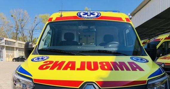 7-latka została poszkodowana w wypadku, który w Kaliszu spowodował pijany kierowca. Mercedes, którym jechała m.in. dziewczynka, spadł ze skarpy.