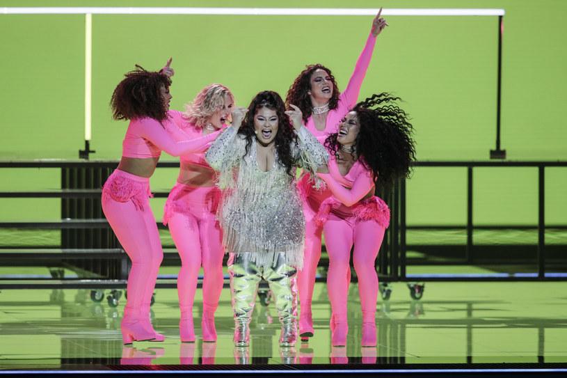 Jedną z faworytek do wygranej w 65. edycji Konkursu Piosenki Eurowizji jest reprezentująca Maltę Destiny. Jak 18-letnia wokalistka zaprezentowała się na scenie? Było niezwykle żywiołowo, a uwagę zwracał nie tylko przebojowy utwór, ale także kreacja Destiny.