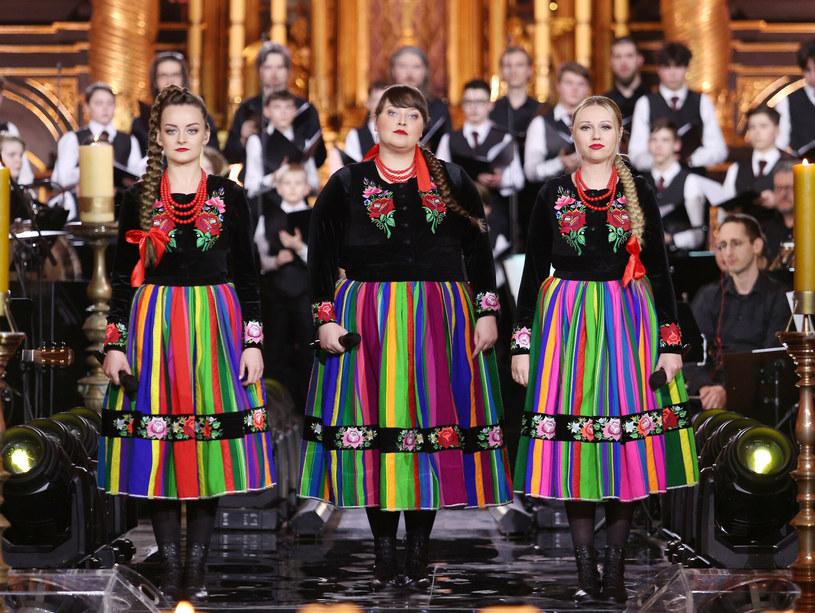 Reprezentowały Polskę w Konkursie Piosenki Eurowizji, zdobyły Fryderyka za fonograficzny debiut i zgarnęły trzy statuetki w konkursie Premiery na festiwalu w Opolu. Wokalistki z zespołu Tulia, które od kilku lat zarażają miłością do polskiego folkloru za sprawą własnych interpretacji najsłynniejszych muzycznych hitów, wydały drugi album - tym razem z autorskim materiałem.