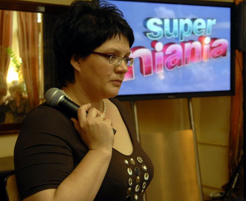 """""""Superniania"""" była jednym z najpopularniejszych programów w polskiej telewizji. Metody wychowawcze Doroty Zawadzkiej były znane wszystkim Polakom, a wymienienie jej pseudonimu budziło strach u niesfornych dzieci przed jej przyjazdem. Niedawno Konrad, który wziął udział w programie jako niegrzeczne dziecko, podzielił się swoimi przemyśleniami na temat reality-show, które oglądała cała Polska."""