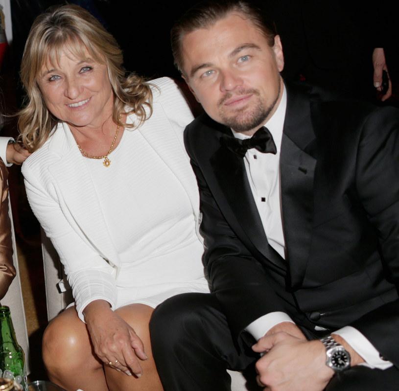 Hollywoodzki gwiazdor nie szczędzi grosza, aby dogodzić swoim rodzicom. Właśnie podarował swojej mamie, Irmelin Indenbriken willę w Los Angeles za 7,1 mln dolarów (ponad 26 mln złotych), utrzymaną w hiszpańskim stylu kolonialnym. W 2018 r. w tej samej okolicy kupił dom swojemu tacie.
