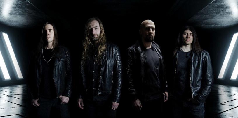 Powstała w Niemczech, międzynarodowa grupa Obsidious podpisała kontrakt i szykuje debiutancki album.