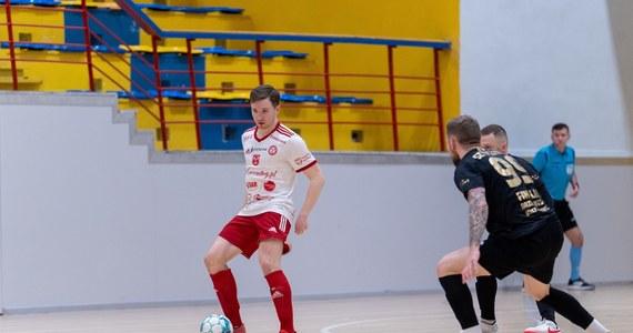 To już ostatnia kolejka STATSCORE Futsal Ekstraklasy w tym sezonie! I to właśnie w ten weekend dowiemy się ostatecznie kto zgarnie wicemistrzostwo Polski, a kto pożegna się z futsalową elitą.