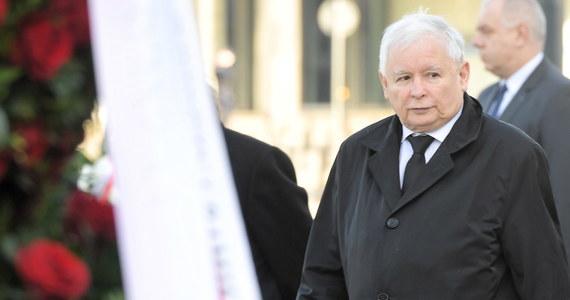 W Warszawie odbywa się spotkanie prezesa PiS Jarosława Kaczyńskiego z kierownictwem partii wchodzących w skład grupy Europejskich Konserwatystów i Reformatorów - włoskiej Fratelli d'Itallia i hiszpańskiej Vox - dowiedziała się PAP ze źródeł w PiS.