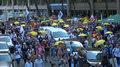 Bez masek przeciwko obostrzeniom. Marsz protestacyjny w Brukseli