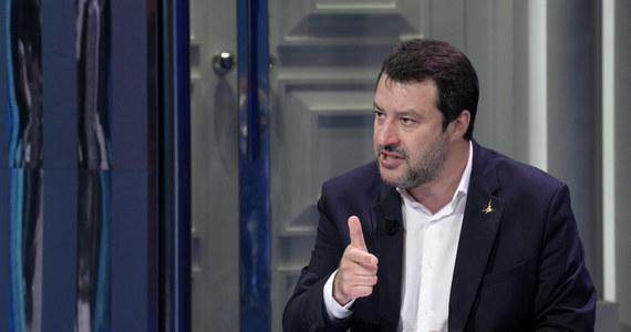 Lider włoskiej Ligi Matteo Salvini zaproponował utworzenie w Parlamencie Europejskim nowej siły politycznej z przedstawicieli grup: Tożsamość i Demokracja, w której jest jego partia, Europejskich Konserwatystów i Reformatorów, gdzie jest PiS, a także Europejskiej Partii Ludowej.