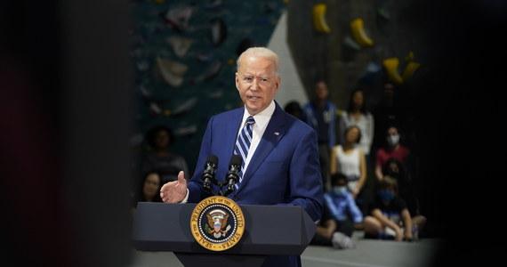 """Ciemne chmury zbierają się nad głową amerykańskiego prezydenta. Dziennik """"New York Post"""" ogłosił, że Joe Biden i jego sojusznicy dostali od lobbysty reprezentującego Nord Stream 2 fundusze na kampanię wyborczą. Według gazety, która powołuje się na dokumenty Federalnej Komisji Wyborczej, stało się to kilka miesięcy przed tym, jak administracja Bidena podjęła decyzję o odstąpieniu od sankcji na firmę budującą rurociąg z Rosji do Niemiec."""