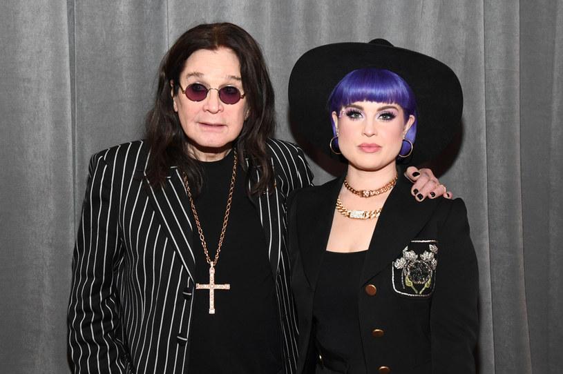 Córka legendarnego wokalisty Black Sabbath w najnowszym wywiadzie opowiedziała o tym, jak zaczęły się jej wieloletnie problemy z uzależnieniem od narkotyków. Wszystko zaczęło się, gdy po operacji przepisano jej silny lek przeciwbólowy o działaniu podobnym do morfiny.