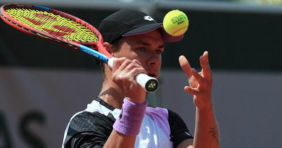 Kamil Majchrzak na drugiej rundzie zakończył udział w wielkoszlemowym French Open. Polski tenisista przegrał w paryskim turnieju z rozstawionym z numerem 15. Norwegiem Casperem Ruudem 3:6, 2:6, 4:6.