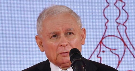 Wicepremier i szef PiS Jarosław Kaczyński w piątek po południu odwiedzi Rzeszów, żeby wesprzeć wojewodę podkarpacką Ewę Leniart przed ostatnim tygodniem kampanii wyborczej na prezydenta miasta. W planach jest również spotkanie z lokalnymi działaczami ugrupowania przed zbliżającym się kongresem PiS.