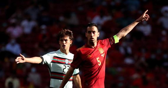 Kapitan piłkarskiej reprezentacji Hiszpanii Sergio Busquets jest zakażony koronawirusem - poinformowała w niedzielę tamtejsza federacja. Hiszpania to jeden z rywali Polski w grupie E zbliżających się mistrzostw Europy.