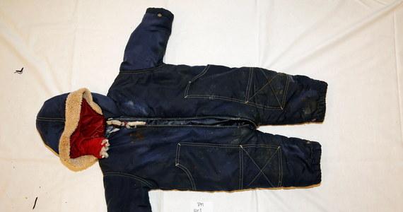 Norweska policja zidentyfikowała ciało dziecka, które na początku tego roku morze wyrzuciło na brzeg wyspy Karmøy. To półtoraroczny Artin Irannezhad z Iranu. Dziecko zostało uznane za zaginione po tym, jak wraz z rodziną w październiku 2020 roku przeprawiło się przez Kanał La Manche.