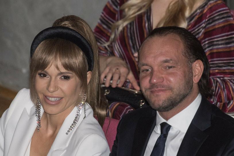 Doda potwierdziła, że rozwodzi się z Emilem Stępniem. Wokalistka i producentka w poście na Instagramie wyjaśniła powody tej decyzji.