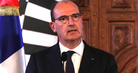 """Francuskie władze zezwoliły w środę na otwarcie sal restauracyjnych w ramach kolejnego etapu luzowania obostrzeń sanitarnych. Premier Jean Castex w słynnej paryskiej restauracji Lipp podkreślił, że jest to """"symbol kraju, który się odradza""""."""