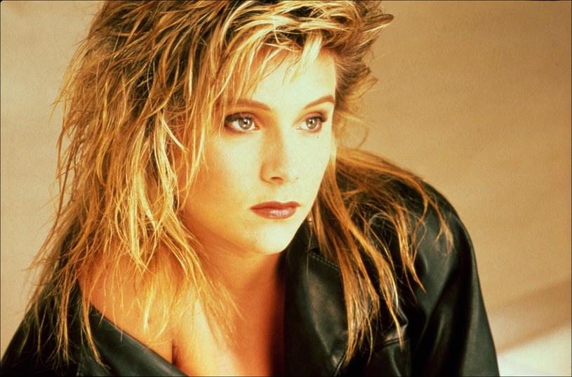 Gwiazda lat 80. Samantha Fox chce stworzyć serial opowiadający o jej karierze. Wokalistka przyznała, że chciałaby, aby w produkcji w głównej roli pojawiła się Sharon Stone.