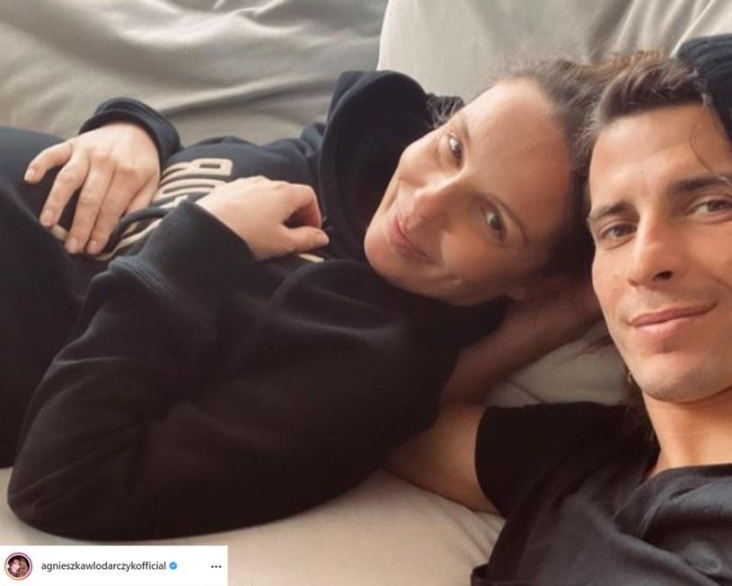 Agnieszka Włodarczyk opublikowała na Instagramie zdjęcie z urzędu stanu cywilnego. Fanom zasugerowała, jaki był cel tej wizyty.