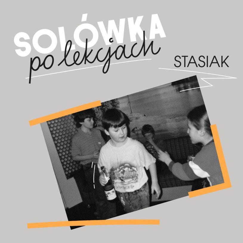 Solowy powrót Stasiaka, w ostatniej dekadzie częściej wszech ogarniacza muzyczno-sportowego niż aktywnego artysty, z pewnością wyróżnia się na tle sceny, jeśli chodzi o tematykę oraz mental twórcy. Nie znaczy to jednak, że mamy do czynienia z bardzo dobrym albumem.