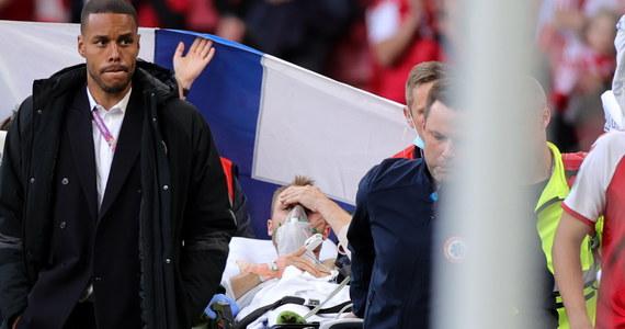 """""""Piłkarze reprezentacji rozmawiali z Christianem Eriksenem"""" - poinformował szef duńskiej federacji piłkarskiej Jakob Jensen. To miało zadecydować o tym, że zawodnicy chcieli wznowić mecz Euro 2020 z Finlandią, przerwany nagle w 43. minucie, kiedy 29-letni pomocnik zasłabł na murawie."""