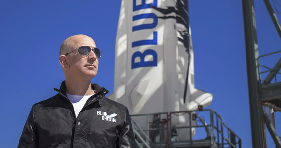 Za 28 mln dolarów sprzedano na aukcji bilet na pierwszy suborbitalny lot turystyczny statku kosmicznego New Shepard. W przewidzianym na lipiec locie weźmie też udział miliarder Jeff Bezos, właściciel firmy Blue Origin, która opracowała statek. Nazwiska zwycięzcy aukcji nie ujawniono.