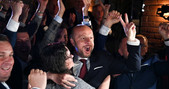 Konrad Fijołek został prezydentem Rzeszowa w pierwszej turze przedterminowych wyborów. To już oficjalne wyników wyborów, które w nocy podała Miejska Komisja Wyborcza w Rzeszowie.