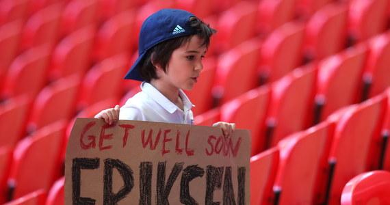 """""""Czuję się lepiej, chcę zrozumieć, co się stało"""" – powiedział duński piłkarz Christian Eriksen, który w sobotę w trakcie meczu z Finlandią stracił przytomność i upadł na murawę. Jak później przekazano, 29-latek miał zawał serca."""