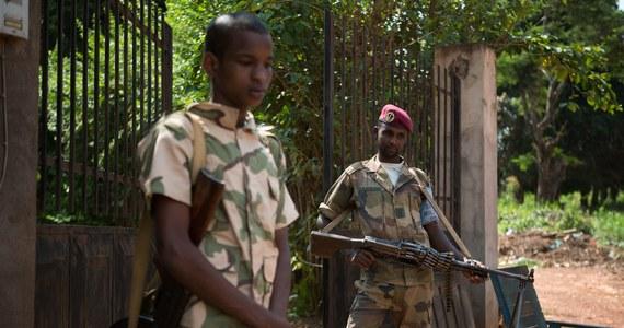 """Rosyjscy najemnicy są zamieszani w torturowanie i zabijanie cywilów w Republice Środkowoafrykańskiej (RŚA) - informuje we wtorek portal amerykańskiej stacji CNN w obszernym reportażu zatytułowanym """"To nasze dzieci zabili""""."""