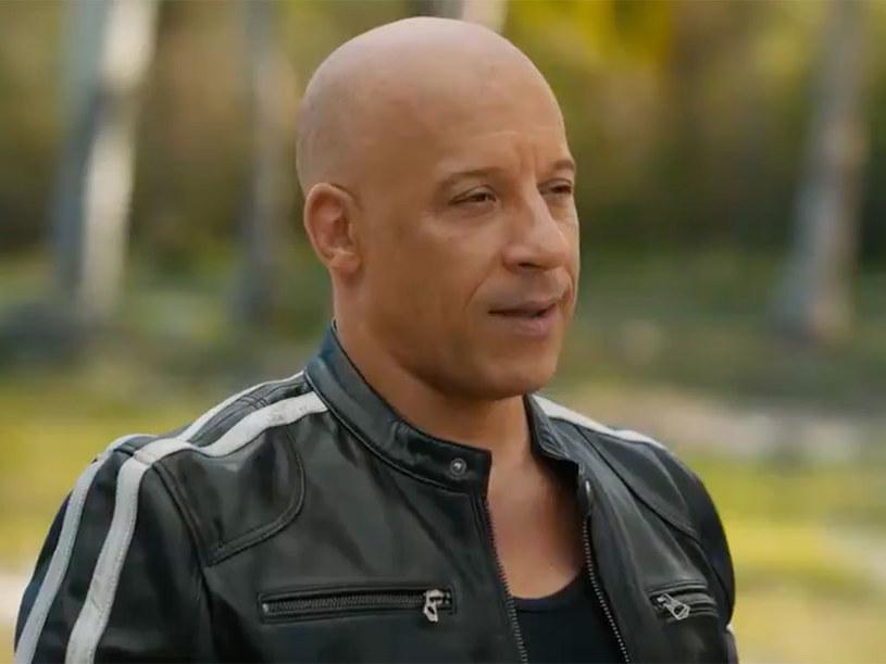 """Dziewiąta odsłona """"Szybkich i wściekłych"""" zawita do polskich kin 25 czerwca. Jak zdradził gwiazdor serii Vin Diesel, pod tym szyldem powstaną tylko jeszcze dwie produkcje, bo """"każda historia zasługuje na własne zakończenie"""". Filmy powinny się ukazać w latach 2023-2024."""