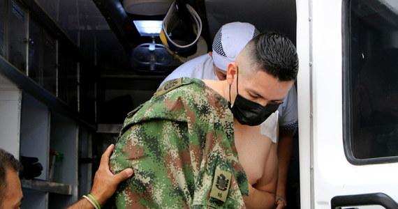 Wybuch bomby w bazie wojskowej w kolumbijskim mieście przygranicznym Cucuta zranił 36 osób, powiedział minister obrony Kolumbii Diego Molano obwiniając za atak lewicowych rebeliantów.
