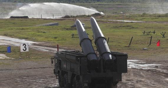 Rosjanie prowadzą na poligonie Prawdinskij w obwodzie kaliningradzkim ćwiczenia z użyciem rakiet balistycznych Iskander-M. To około 20 kilometrów od polskiej granicy.