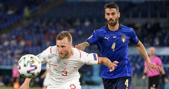 Reprezentacja Włoch w swoim drugim meczu grupowym przypieczętowała awans do 1/8 finału mistrzostw Europy. Po zwycięstwie 3:0 nad Turcją pokonała w takim samym stosunku Szwajcarię. Bohaterem spotkania na Stadionie Olimpijskim w Rzymie był Manuel Locatelli. 23-letni pomocnik Sassuolo dostał szansę gry na Euro, zastępując w podstawowym składzie wciąż leczącego kontuzję Marco Verrattiego. W środę zdobył dwie pierwsze bramki dla gospodarzy.