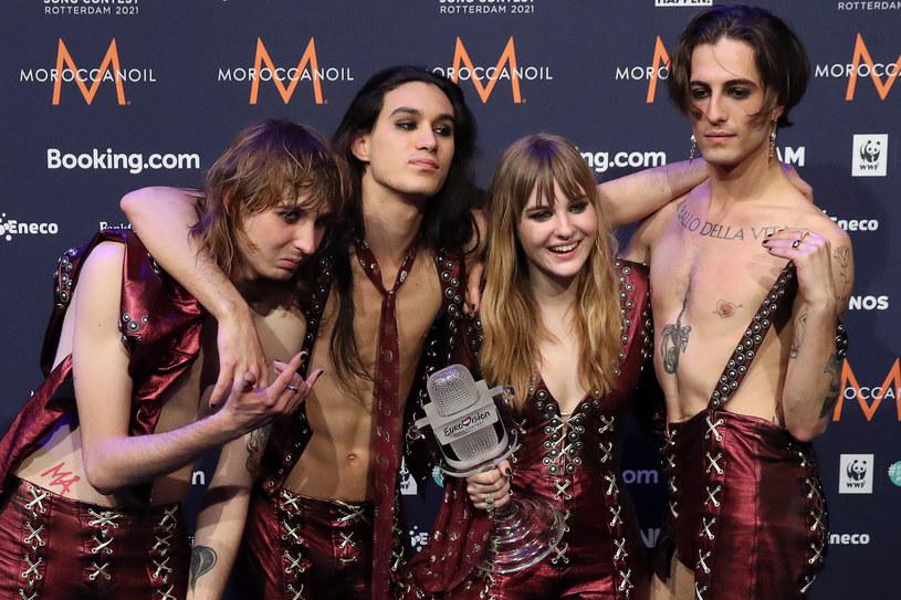 Włoski zespół Maneskin po wygranej na tegorocznej Eurowizji zyskał miano światowej gwiazdy. Rozwój kariery łączy się z nowymi wyzwaniami, dlatego też grupa zdecydowała się na zmianę menedżera.