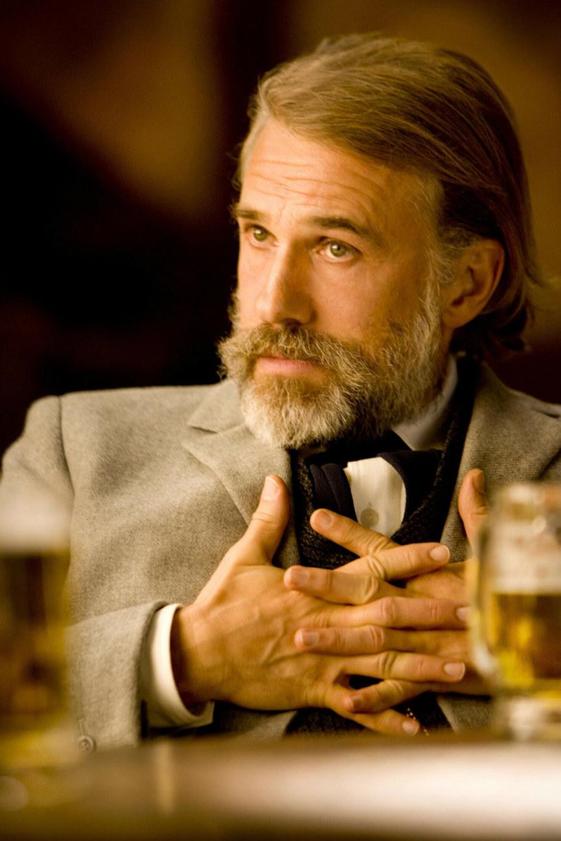 """Rola dentysty i łowcy nagród Kinga Schultza w westernie Quentina Tarantino """"Django"""" przyniosła Christophowi Waltzowi drugiego Oscara w karierze. Teraz ten pochodzący z Austrii aktor, ponownie wyruszy na Dziki Zachód. Waltz zagra u boku Willema Dafoe w nowym filmie Waltera Hilla zatytułowanym """"Dead For a Dollar"""" (""""Martwy za dolara"""")."""