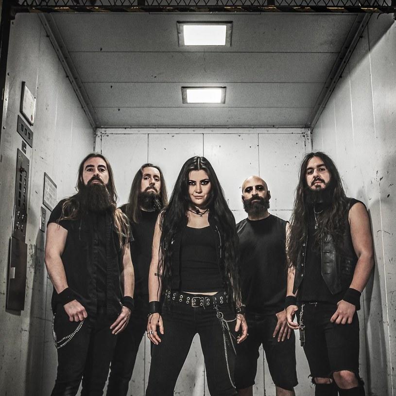 Kanadyjska formacja Lutharö przygotowała debiutancką płytę.