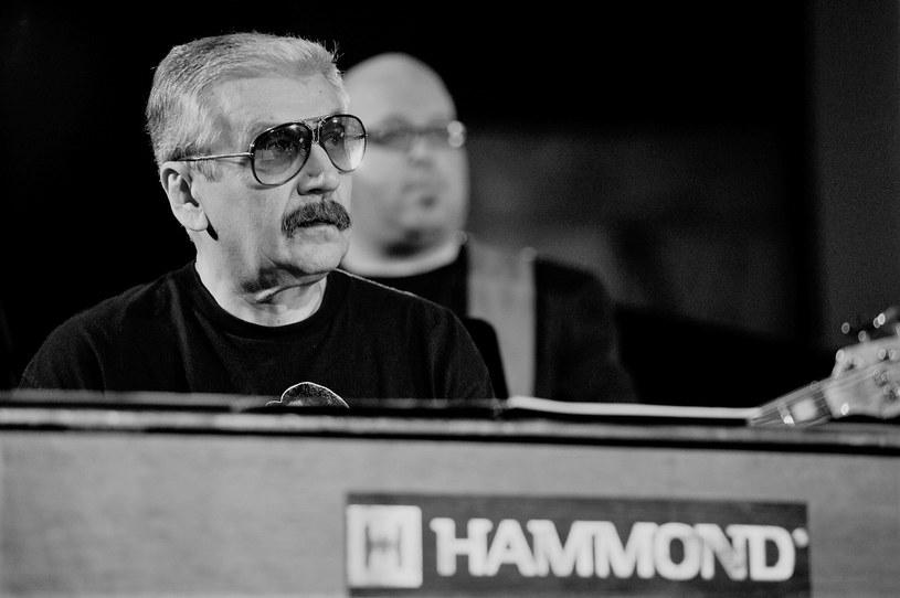 Wojciech Karolak nie żyje. Był wybitnym polskim muzykiem jazzowym oraz kompozytorem. Pożegnali go fani i przyjaciele ze sceny.