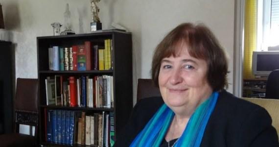 """Dziś mija dokładnie 30 lat od przystąpienia Polski do Europejskiej Organizacji Badań Jądrowych CERN. Dzięki temu polscy naukowcy mogą uczestniczyć w rozwiązywaniu najważniejszych zagadek fizyki, prowadzą badania z pomocą Wielkiego Zderzacza Hadronów. Ale współpraca z CERN rozpoczęła się dużo wcześniej, już w latach 50., i dlatego - jak podkreśla w rozmowie z dziennikarzem RMF FM Grzegorzem Jasińskim prof. Agnieszka Zalewska z Instytutu Fizyki Jądrowej PAN - przystąpienie do CERN w 1991 roku """"było czymś naturalnym"""". Zdaniem prof. Zalewskiej - która w latach 2013-15 była przewodniczącą Rady CERN - szanse związane z udziałem w CERN zostały przez polskich naukowców i inżynierów dobrze wykorzystane."""