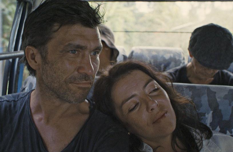 """Anna Krotoska i Marcin Czarnik to odtwórcy głównych ról w filmie Pawła Ferdka """"Holiday"""". To opowieść o małżeństwie, które podczas wymarzonej podróży na Bali staje się świadkiem niecodziennego zdarzenia."""