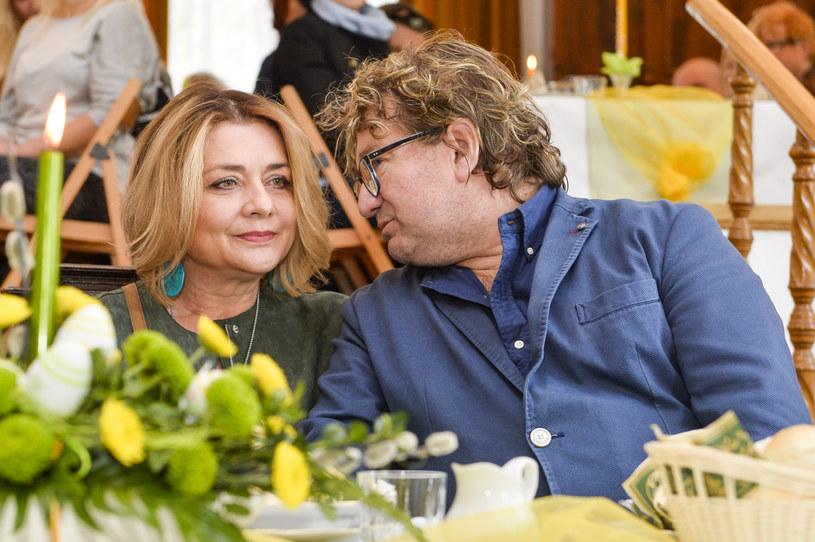 """Małgorzata Ostrowska-Królikowska zdecydowała się na bardzo szczery wywiad, w którym opowiedziała o ostatnich chwilach ze swoim mężem. """"Razem z dziećmi widziałam, jak Paweł odchodzi"""" - relacjonuje aktorka."""