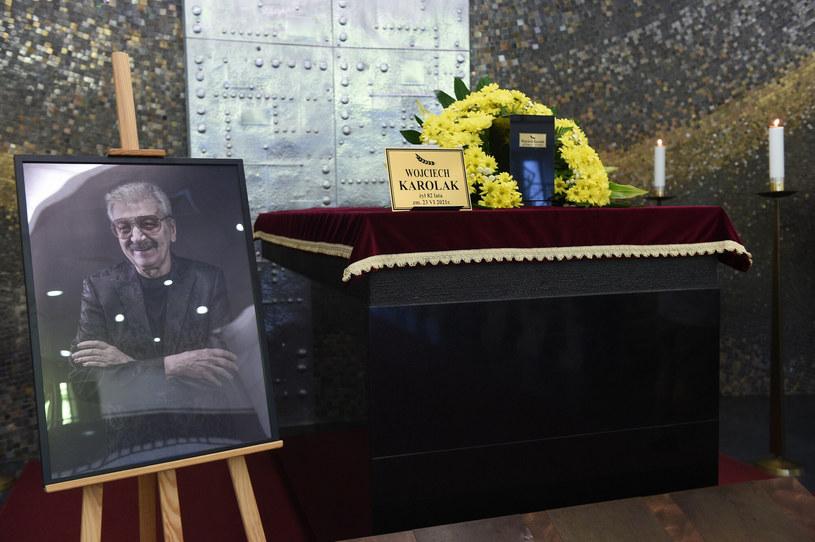 2 lipca odbył się pogrzeb legendarnego polskiego muzyka Wojciecha Karolaka. Ceniony artysta został pochowany na Cmentarzu Wojskowym na Powązkach.