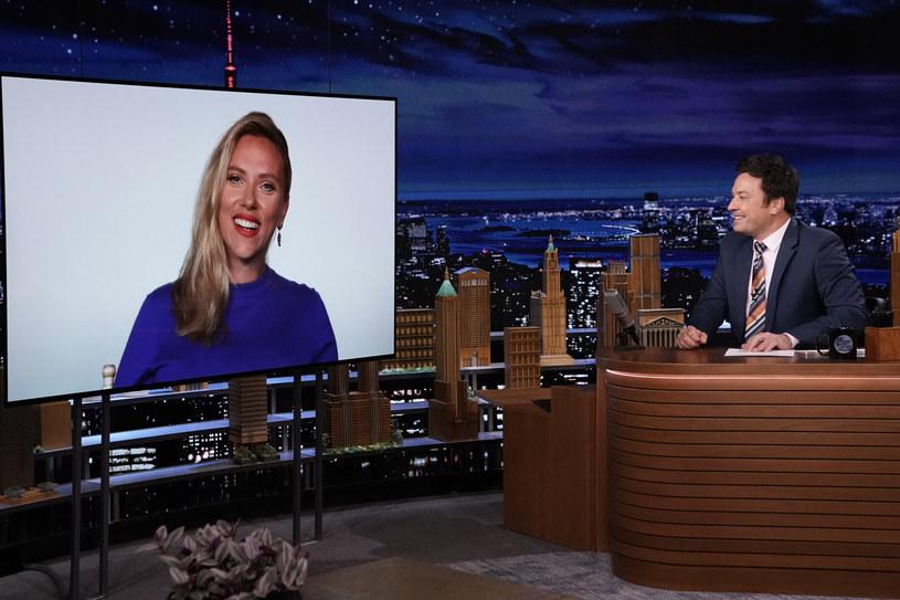 Zagraniczne media donoszą, że 36-letnia Scarlett Johansson jest w ciąży. Byłoby to pierwsze dziecko aktorki i jej trzeciego męża, Colina Josta. Gwiazda ma już córkę z poprzedniego związku z francuskim dziennikarzem Romainem Dauriaciem.