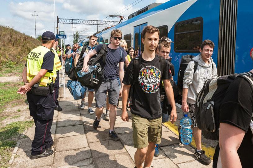 Po raz pierwszy od 2016 r. Pol'and'Rock Festival nie otrzymał statusu imprezy podwyższonego ryzyka. Dla uczestników imprezy, która w tym roku odbędzie się na lotnisku Makowice - Płoty (29-31 lipca) przygotowane zostaną dodatkowe pociągi.