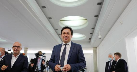 Marcin Wiącek wybrany, ale problem zostaje. Przez tydzień nie będziemy mieć RPO - RMF 24