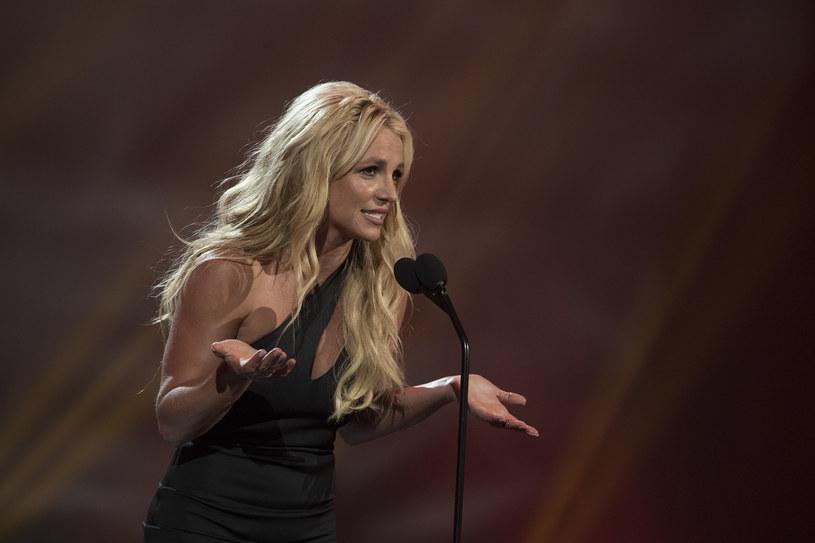 W międzyczasie walki o uwolnienie się spod opieki prawnej ojca, na Instagramie Britney Spears pojawiło się nagie zdjęcie. Wywołało ono sporo zamieszania wśród fanów gwiazdy. Dlaczego?