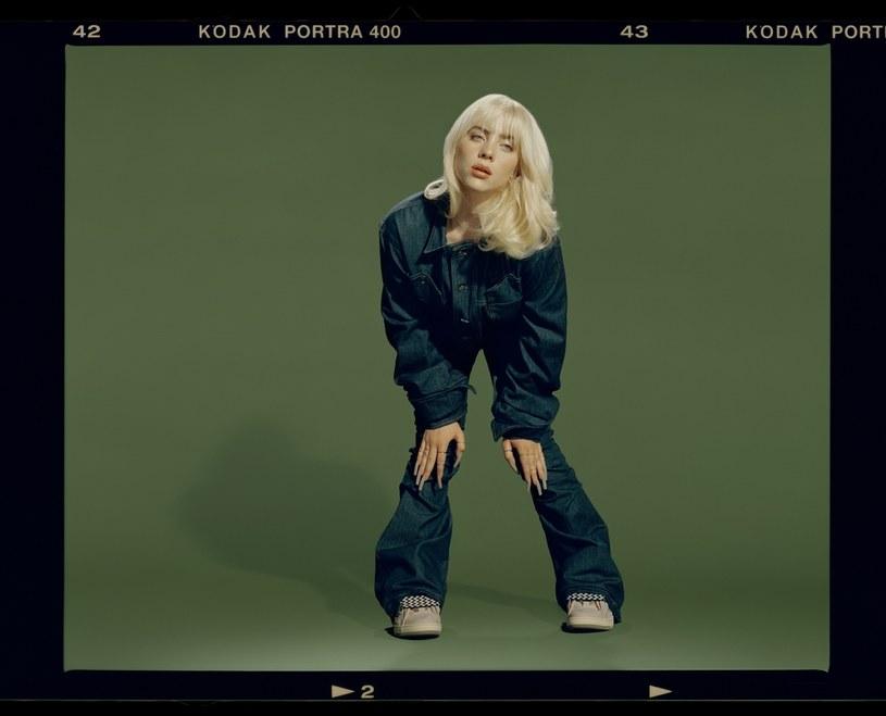 """Billie Eilish prezentuje oficjalny teledysk do najnowszego singla """"NDA"""". To kolejna zapowiedź drugiego albumu artystki, """"Happier Than Ever"""", który ukaże się 30 lipca."""