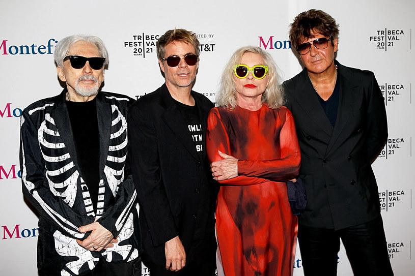 """Od wydania płyty """"Pollinator"""", jedenastego studyjnego albumu w karierze tej kultowej kapeli, minęły już ponad cztery lata. Dla czekających na nowe utwory zespół Blondie ma dobrą wiadomość - grupa przygotowuje materiał na swój kolejny album. Jak zapowiedziała wokalistka zespołu Debbie Harry, na płycie znajdzie się ok. 10-12 utworów."""
