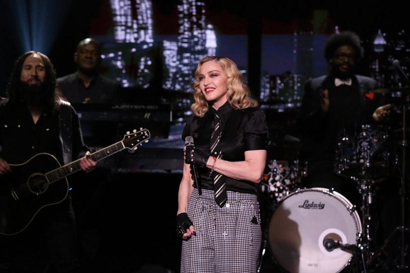 """""""Dzielenie się moją artystyczną wizją z globalną publicznością, jest dla mnie niesamowicie ważne, zwłaszcza w tym szczególnym czasie"""" - powiedziała Madonna, ogłaszając, że na początku października ukaże się dokument o jej ostatniej trasie koncertowej. W sieci zadebiutował właśnie krótki zwiastun produkcji. Fani są więcej niż zadowoleni."""