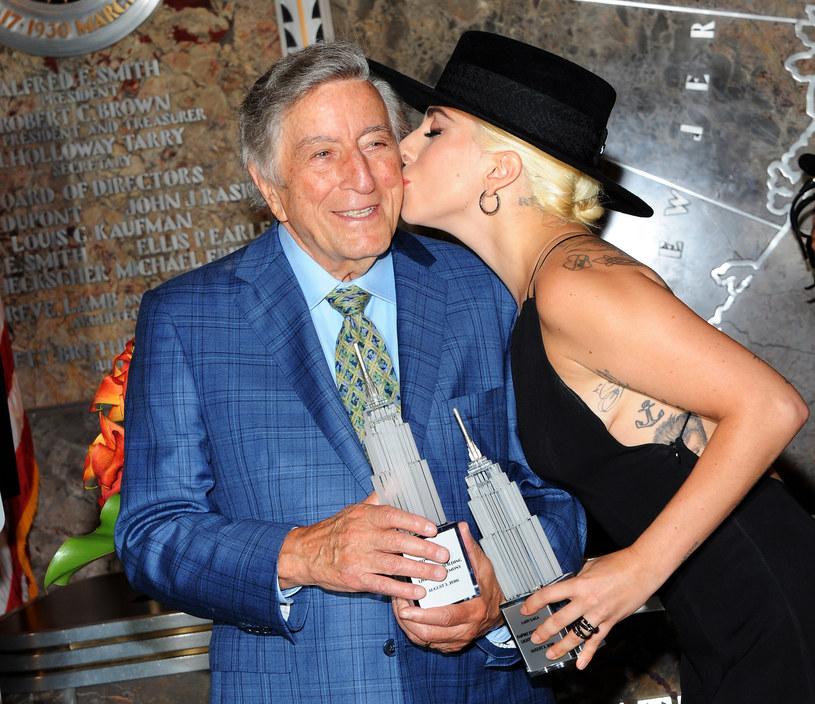 """Legendarny wokalista Tony Bennett będzie świętował dekadę """"muzyki i przyjaźni"""" z Lady Gagą. Zagrają dwa ostatnie wspólne koncerty z okazji 95. urodzin muzyka."""