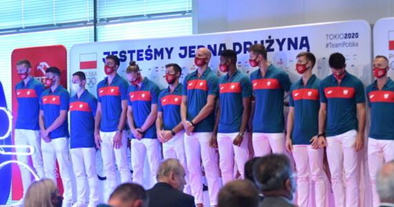 Polscy siatkarze zakończyli zgrupowanie w mieście Takasaki i przenieśli się do wioski olimpijskiej w Tokio. Występ w igrzyskach rozpoczną sobotnim meczem grupowym z Iranem.