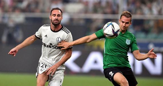 Legia Warszawa wygrała u siebie z Florą Tallin 2:1 (1:0) w pierwszym meczu 2. rundy kwalifikacji piłkarskiej Ligi Mistrzów. Rewanż rozegrany zostanie 27 lipca w Estonii.