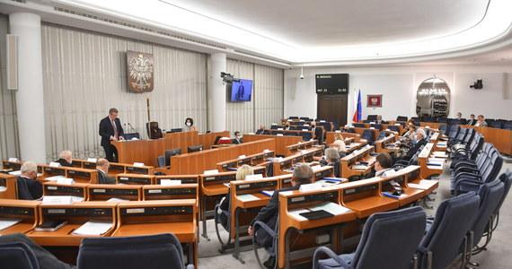 Senat wniósł dziś poprawki do głośnej nowelizacji Kpa dotyczącej możliwości kwestionowania ważności decyzji administracyjnych związanych na przykład z reprywatyzacją. W konsekwencji ustawa wróci do Sejmu.